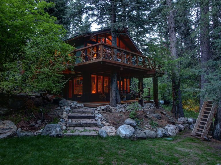 Mountain Cabins Utah - Treehouse on The Stream - Sundance, Utah