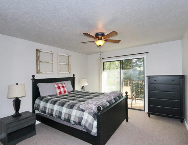 Bedroom - Luxury Mountain Condos in Eagle Point Ski Resort - Beaver, Utah