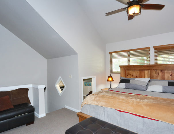 Bedroom 2 - Luxury Mountain Condos in Eagle Point Ski Resort - Beaver, Utah