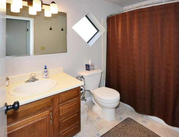 Bathroom - Luxury Mountain Condos in Eagle Point Ski Resort - Beaver, Utah