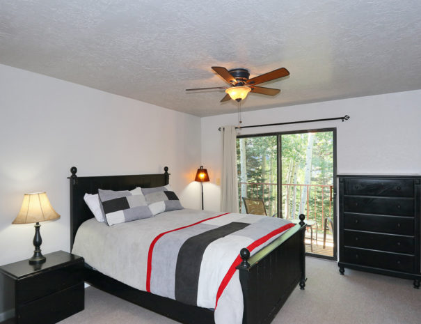 Bedroom 1 - Luxury Mountain Condos in Eagle Point Ski Resort - Beaver, Utah