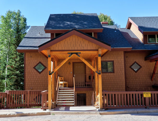 Entrance - Luxury Mountain Condos in Eagle Point Ski Resort - Beaver, Utah