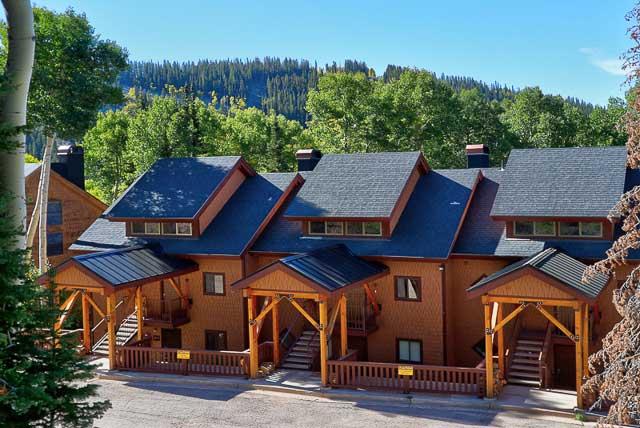 Wooded Ridge ski-in/ski-out condominiums in Eagle Point Ski Resort - Beaver, Utah