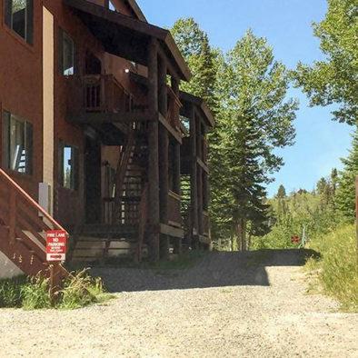 Eagle Point Ski Resort vacation lodging Snowflake Condo No 15